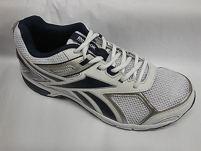 Reebok Mens QUICKCHASE Casual Sneakers EXTRA WIDE 4E White New Mens 8.5-13 EEEE