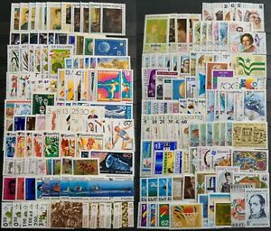 Worldwide-Stamp-Lots-Bulgaria-MNH-150-Different-Stamps-in-Full-Sets-amp-Singles