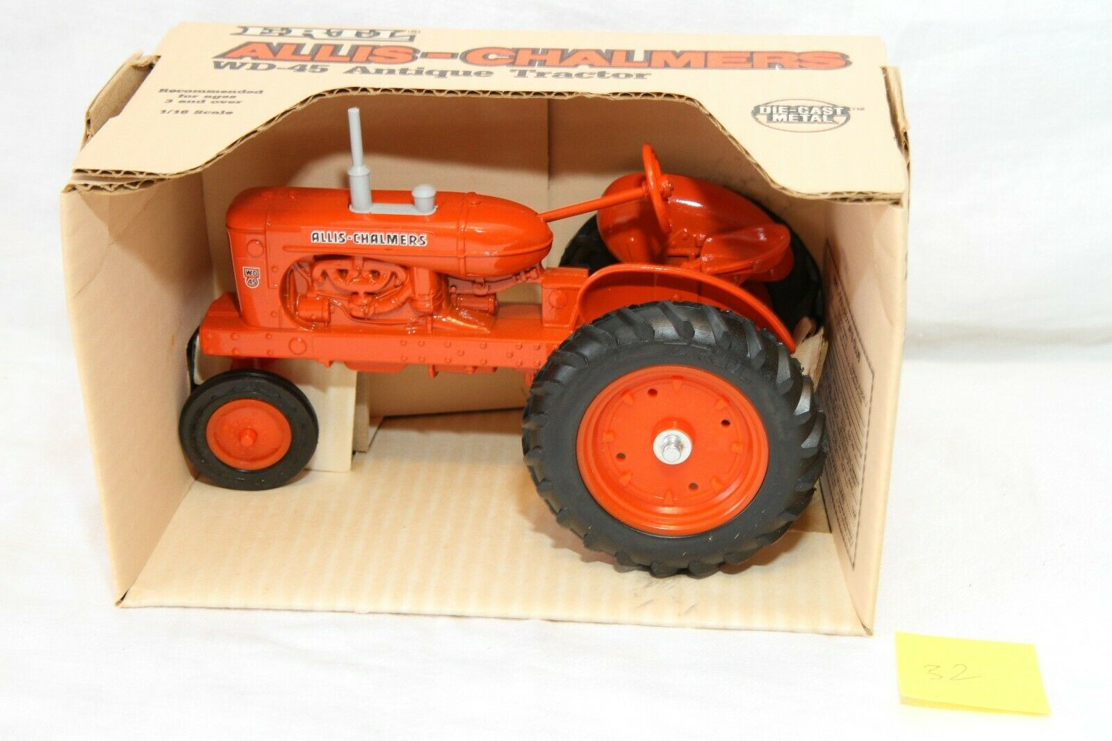 Allis Chalmers WD-45 Antique Tractor Vintage 1985 Ny i Box Ertl