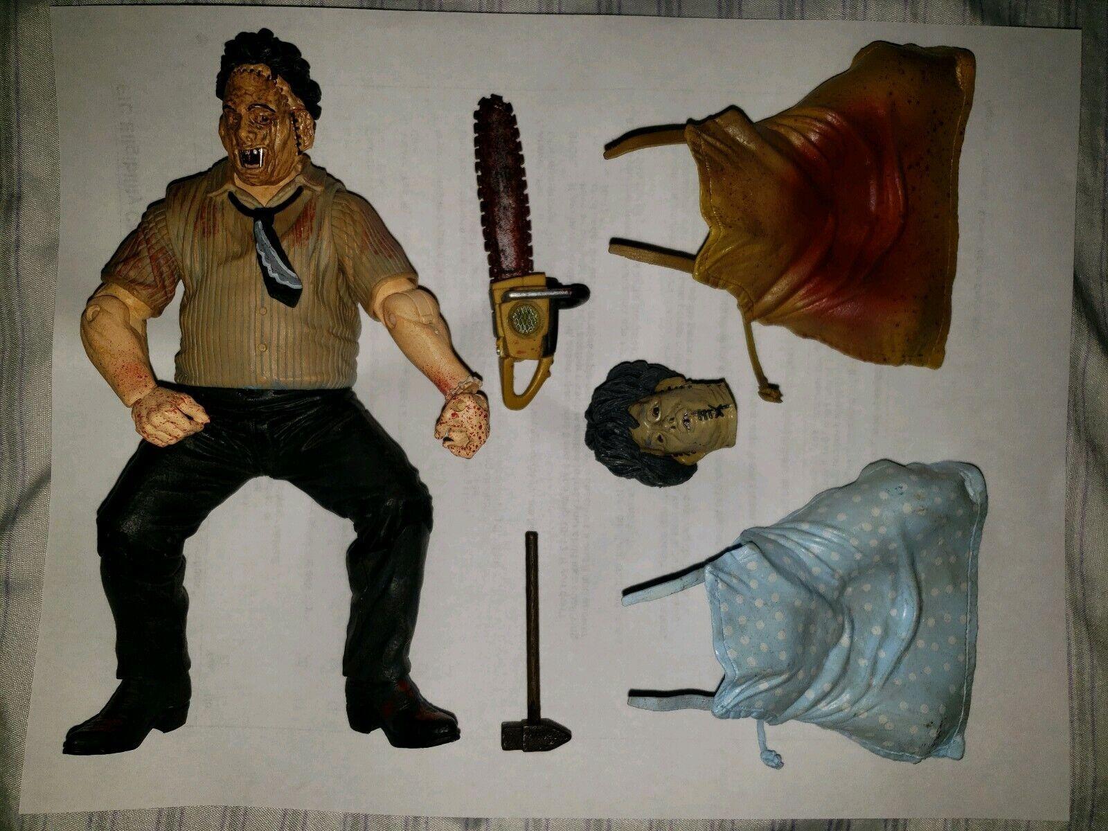 Mezco Cinem of Fear Series 1 Texas Chain  Saw Massacre Leatherface azione cifra  marchio in liquidazione