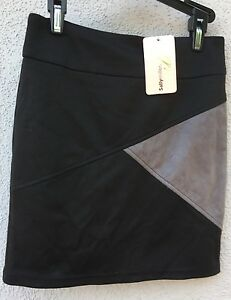 68-NWT-Sally-Miller-Couture-Brand-Fitted-Triangle-Design-Skirt-Girls-Size-8