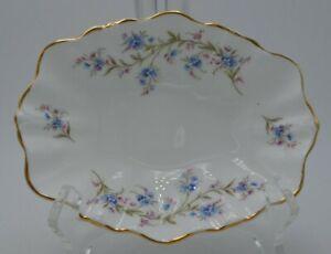 Vintage-Duchess-Bone-China-England-Small-Oval-Bowl-6-1-4-034