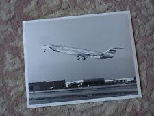 "Paramount G-PATA Mcdonnell Douglas MD-83 Large 10"" x 8"" photograph"