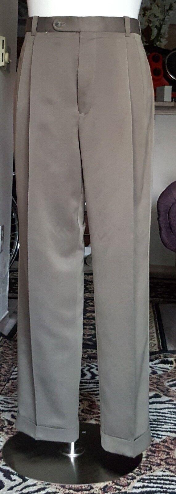 Comfort Stretch Design II Men Green Dress Pant 100% Wool Size 36 x 31
