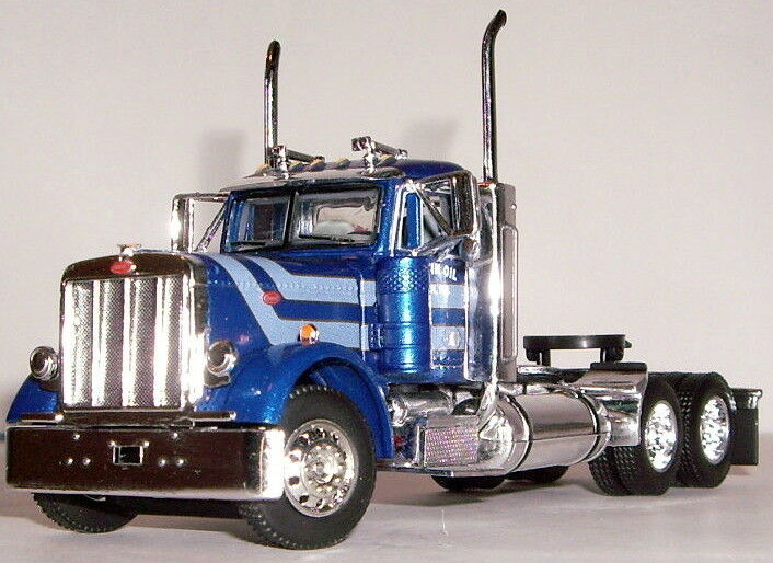 DCP blu PETERBILT 379 DAY CAB ONLY 1 64 33172