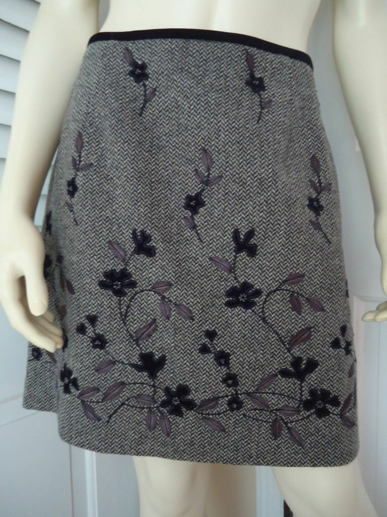 ANN TAYLOR Skirt 8 Mini Wool Blend Floral Applique Beads Embroidery Lined HOT
