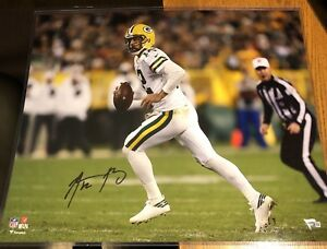 AARON RODGERS SIGNED 16x20 PHOTO WITH FANATICS COA GREEN BAY PACKERS ... f3bc965b4