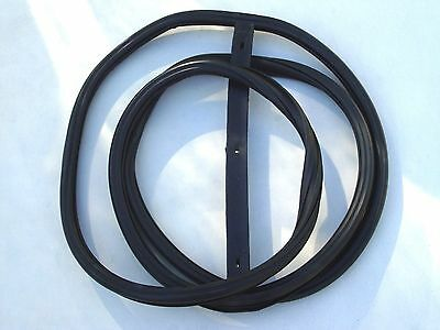 1949 /& 1950 FORD CAR WINDSHIELD SEAL SINGLE GROOVE FOR CHROME CLOSED CAR 8A-7003