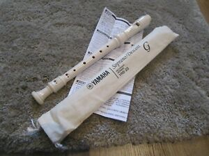 Yamaha-Soprano-Descant-Recorder-YRS-23-German-Fingering-New-with-case
