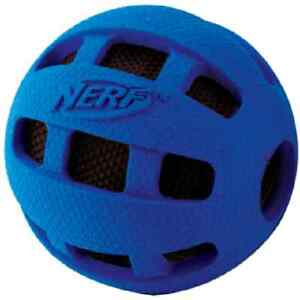 Nerf-Dog-RUBBER-SQUEAK-CRUNCHABLE-CHECKER-BALL-Dog-Toy-4-034-amp-2-5-034-Colors-Vary