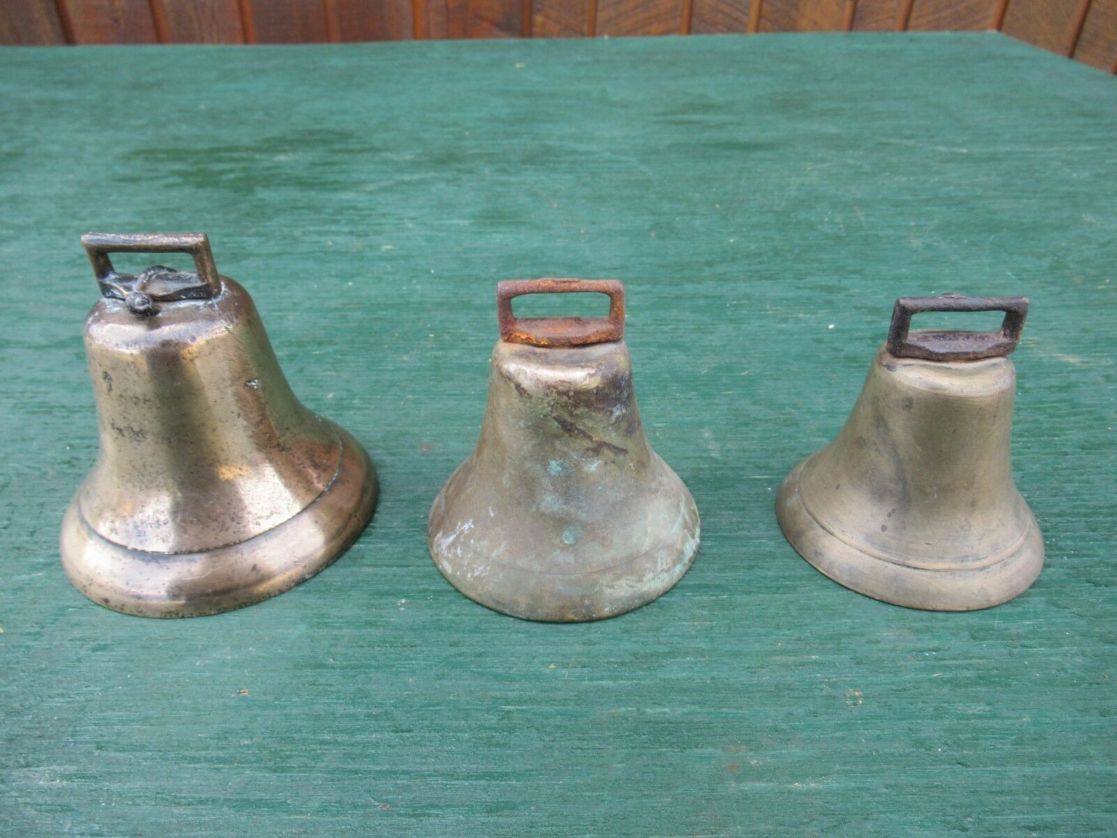 Vintage 3 Brass Horse Bell IN GOOD  CONDITION with Assorted Sizes  discount store