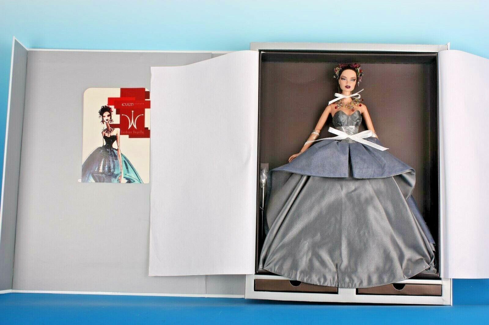 Fashion Royalty PALE FIRE Vanessa Perrin Kleided premium doll 2007 NRFB