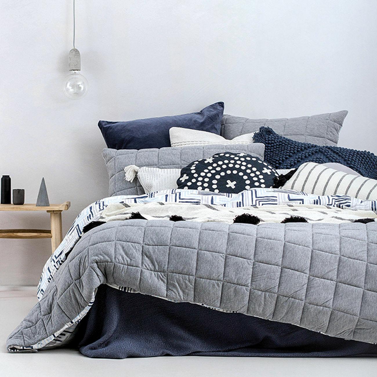 Fletcher Quilted grau Duvet   Doona Quilt Cover Set   Large Check Pattern   King