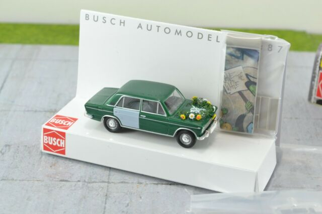 Busch 50509 Soviet LADA 1500 Fall of Berlin Wall HO Scale 1:87