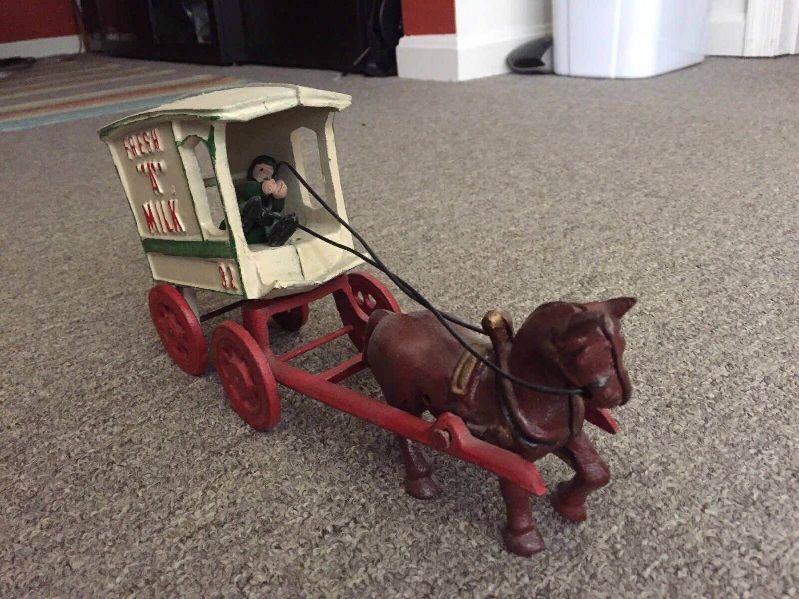 Cast Iron Fresh Milk Cart Horse Vintage Antique Figure Figure Figure Rare color 4d02f3