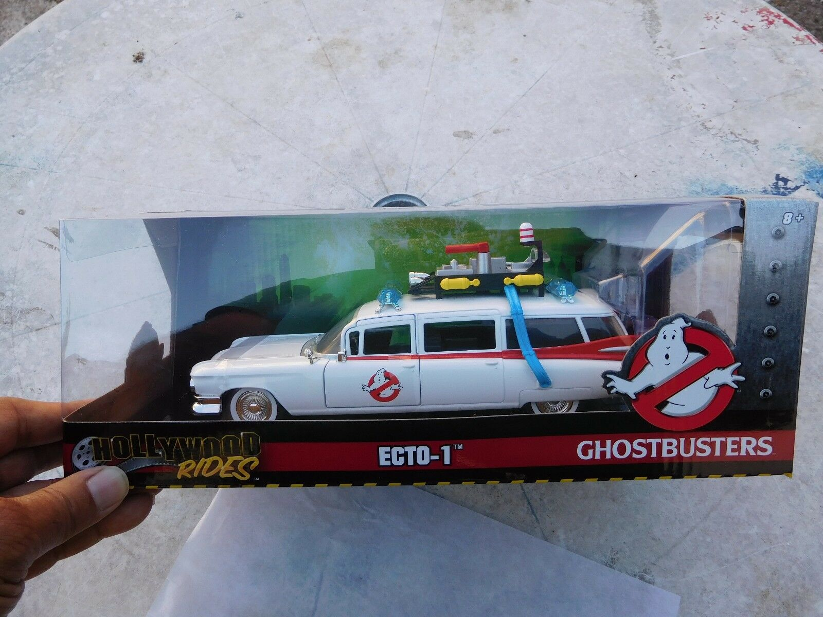 Ghostbusters CADILLAC ECTO 1 1959 Movie 1 24 JADA DIECAST 10in Model  NEW