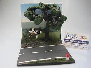 Diorama-carretera-road-decor-paisaje-vaca-1-43-cochesaescala