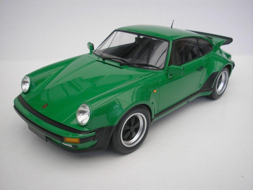 Porsche 911 Turbo 1977 Green 1 12 MINICHAMPS NEW 125066102 NEW