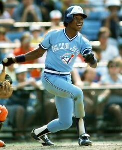 Tony-Fernandez-Toronto-Blue-Jays-UNSIGNED-8x10-Photo-A