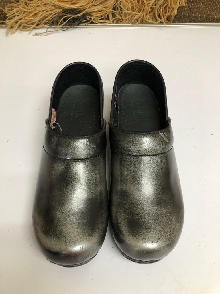 Sanita Womens Clogs Leather Slip On Size 36 /5.5-6 Black Mule Shoe 7606