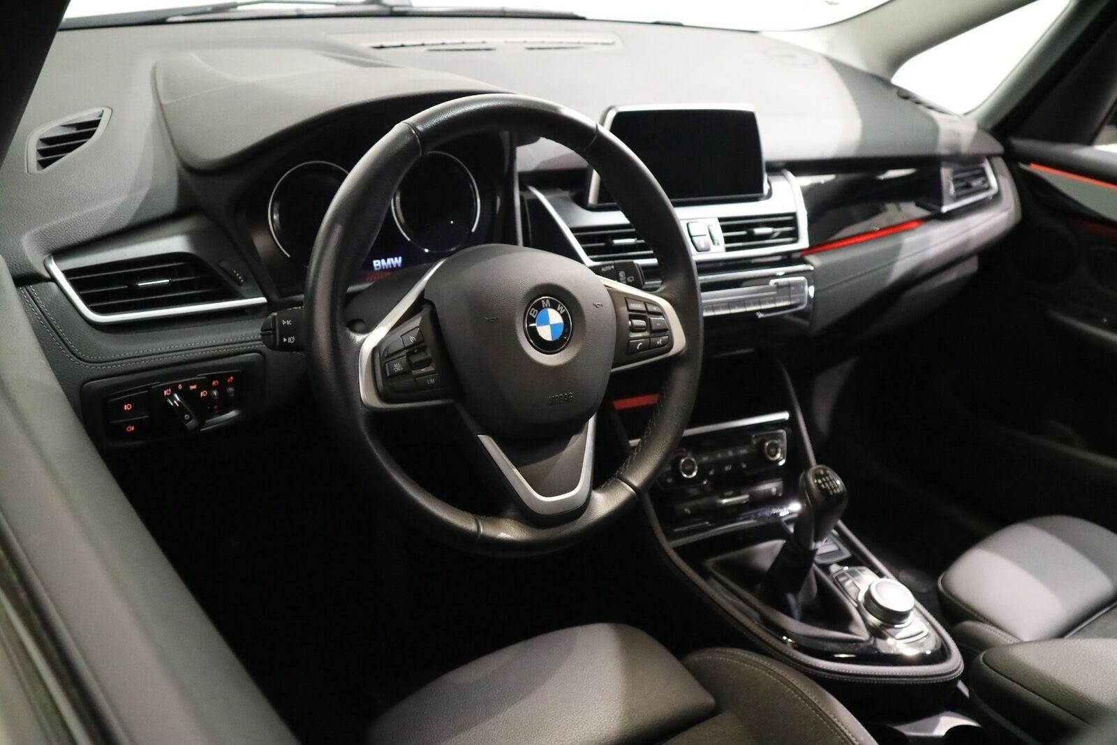 BMW 216i 1,5 Gran Tourer Sport Line 7prs - billede 10