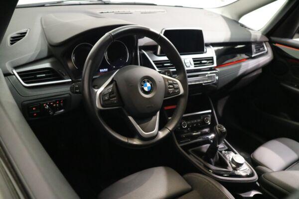 BMW 216i 1,5 Gran Tourer Sport Line 7prs billede 10