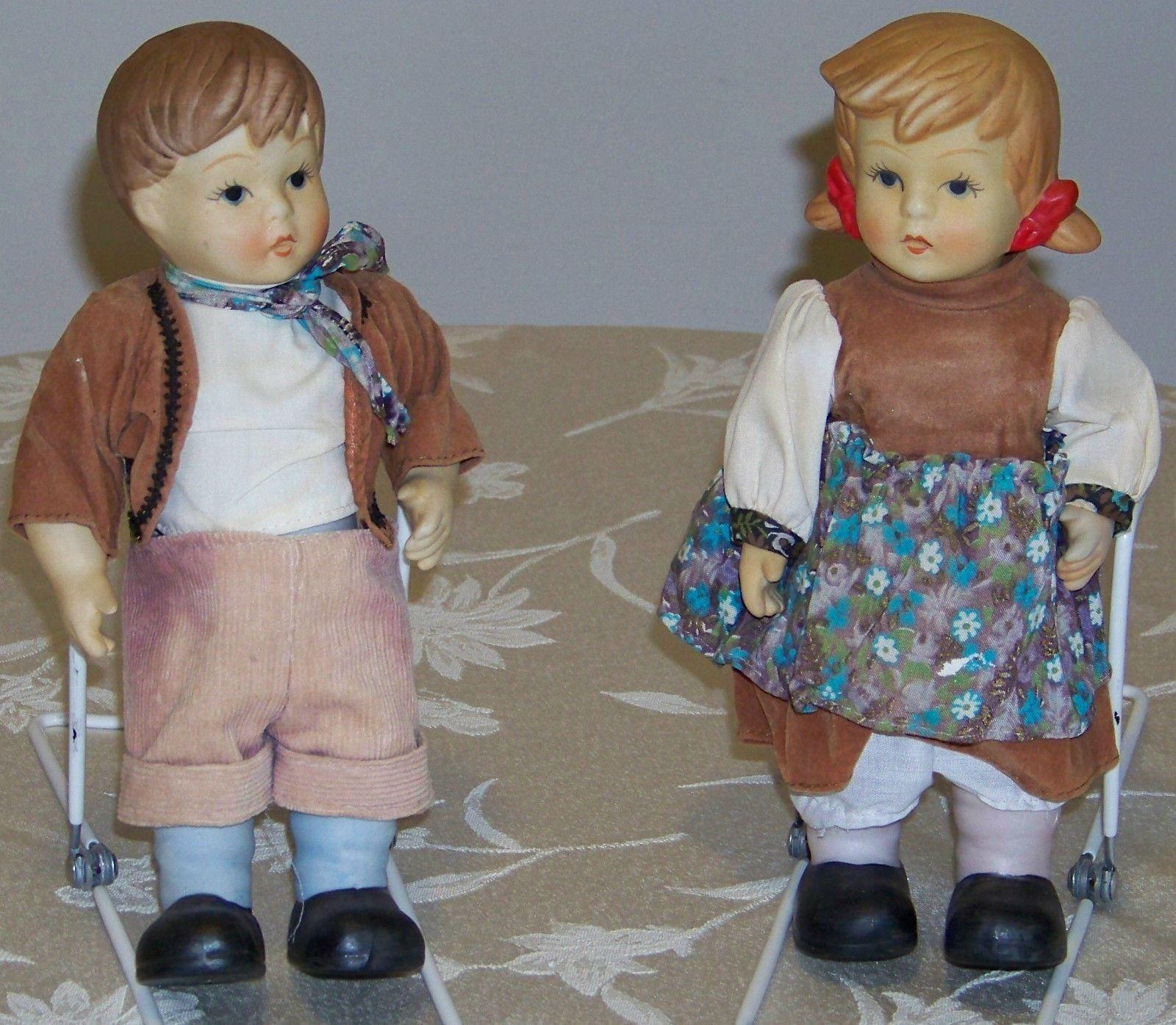 Par De Muñecas De Biscuit Boy & Girl W Brazos Movibles & Legs