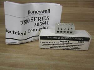 Honeywell 203541 Burner Control
