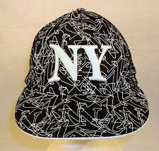 NY New York Black & White HAT size M/L Cap