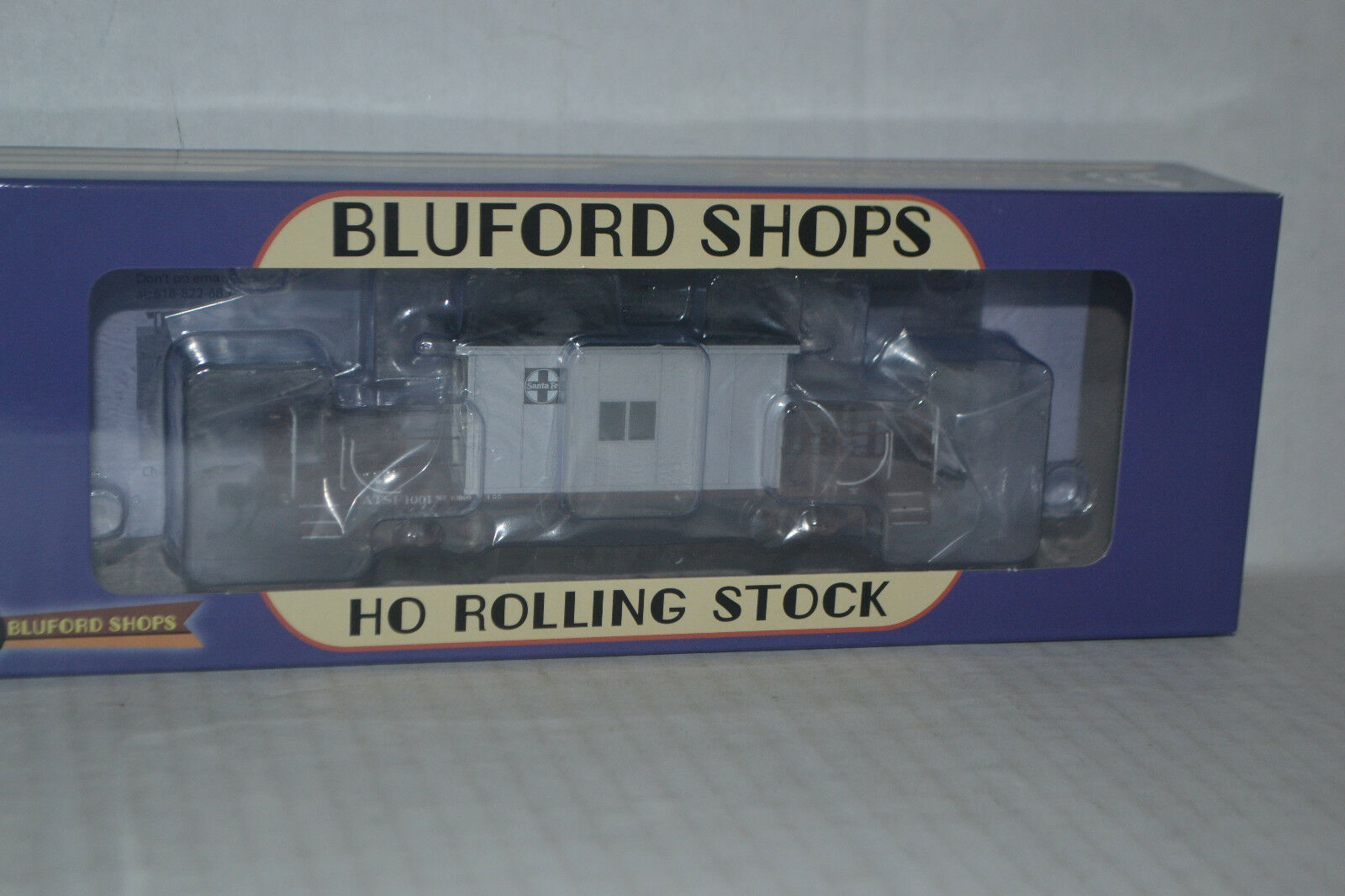 Bluford Shops 34180 Santa Fe ATSF Short Roof Transfer Caboose Ho Scale