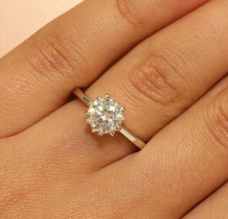18K White gold Finish 1ct Solitaire Anniversary Engagement Ring Beautiful 4.5