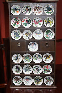 Franklin porcelain songbirds of the world