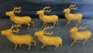 Vintage-Plastic-Christmas-Reindeer-Decorations