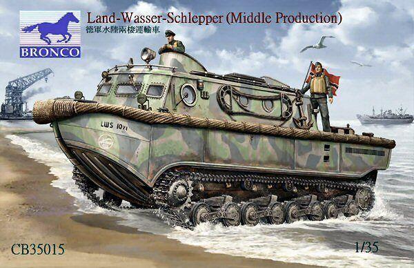 Bronco 35015 Land Wasser Schlepper Mid Production 1 35 Plastic scale model