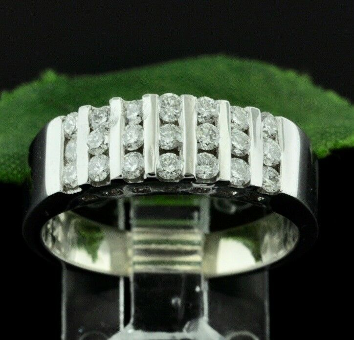 14k Solid White gold Natural diamond  ring 0.75 ct  Estate Pre owned