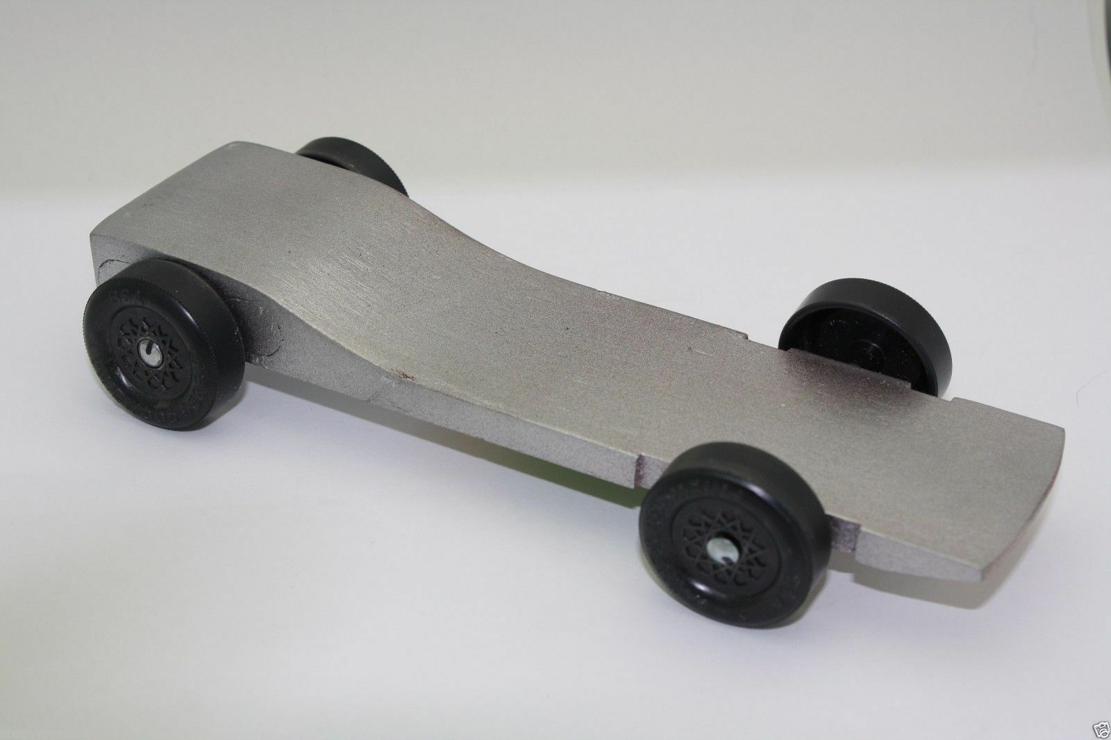 pinewood derby car body fast speed physics lecture winning