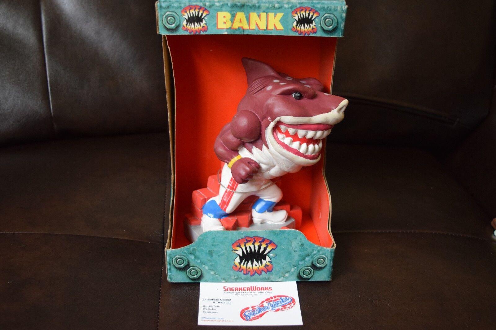 Nuovo Streetwise Designs Street Shark Bank Slammu 1995 Rare Piggy Coin Bank