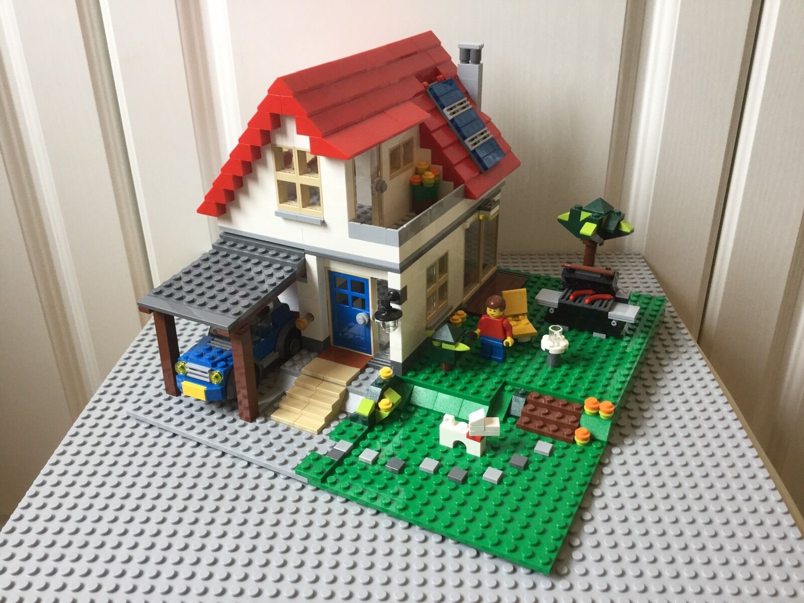 Lego Creator 5771 Hillside House 100% Complete + Instructions (3in1)