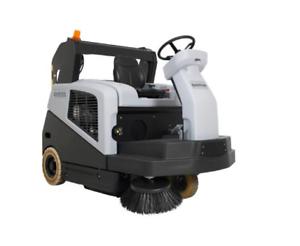 Nilfisk-SW-5500-LPG-Gas-Aufsitz-Kehrmaschine-Kehrsaugmaschine-Hochentleerung