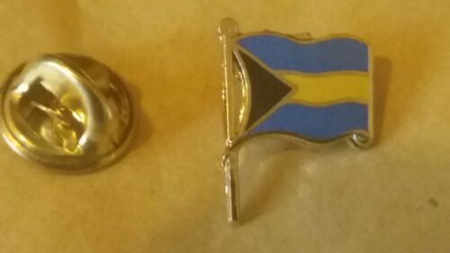 Commonwealth of the Bahamas FLAG LAPEL BADGE Bahamian