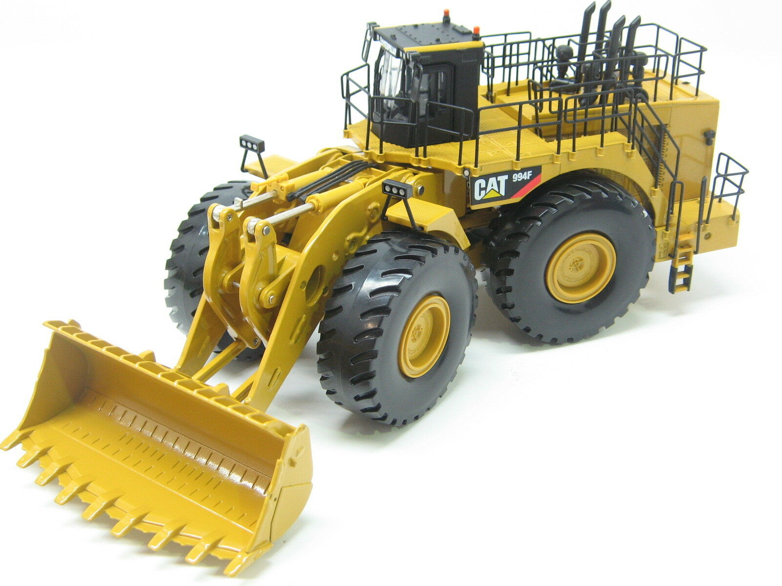 CATERPILLAR 994F WHEEL LOADER 1 50 Scale by Norscot