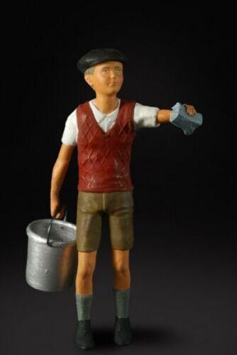 La fábrica de figuras 180007-putzjunge-figura 1:18