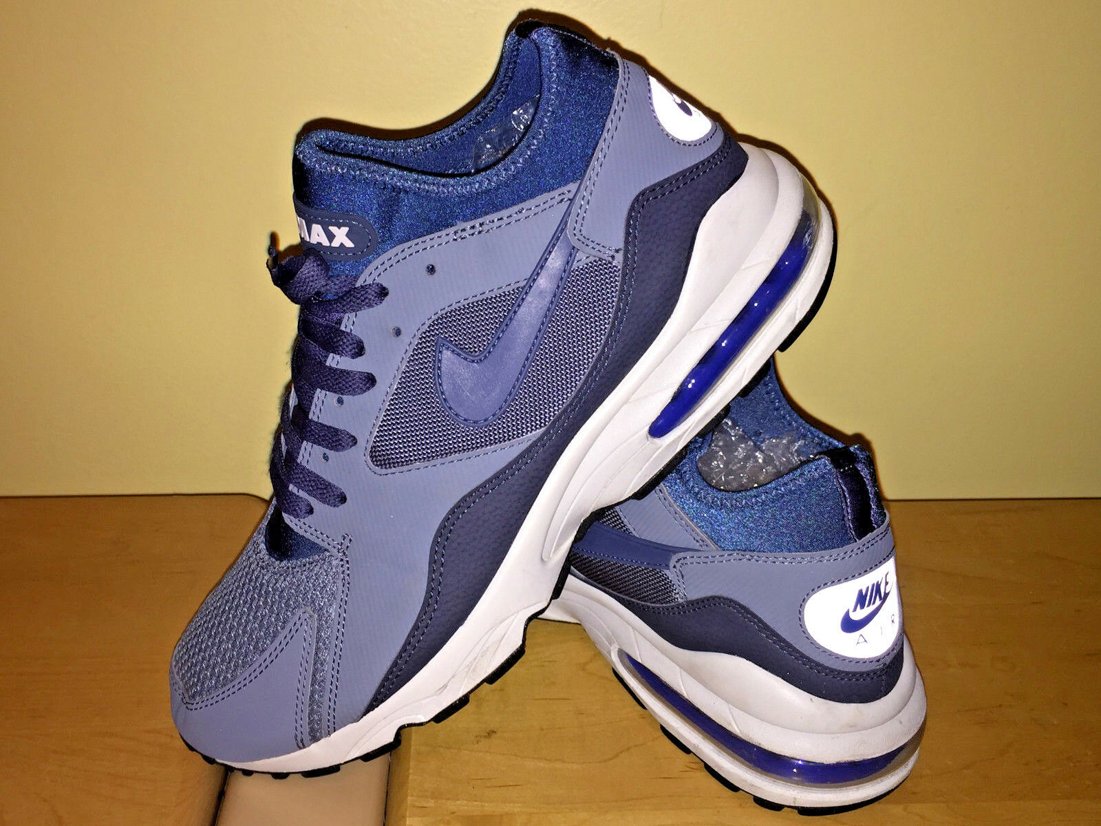 Nike Air Max (bluee) Running Cross-Training MEN'S Size 12