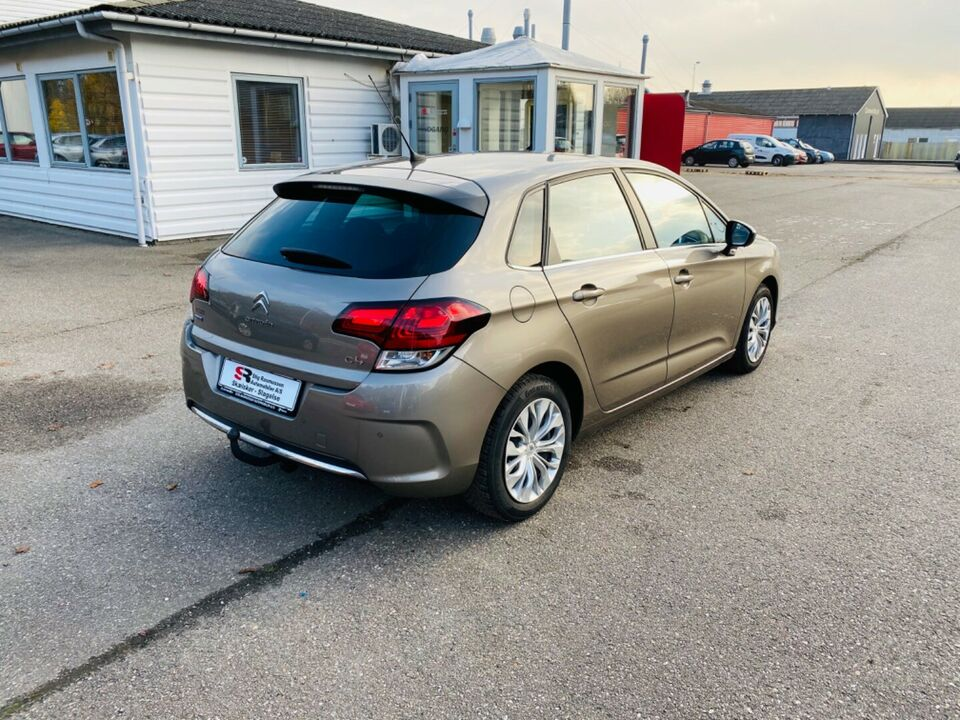 Citroën C4 1,6 BlueHDi 120 Feel Complet EAT6 Diesel aut.