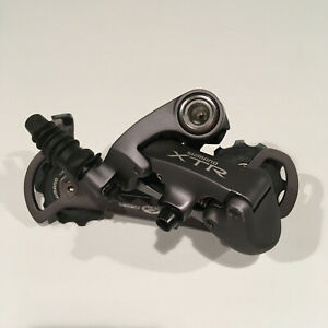Shimano XTR RD-M952-SGS Rear Derailleur, 9 Speed, Long Cage, New-Take-Off