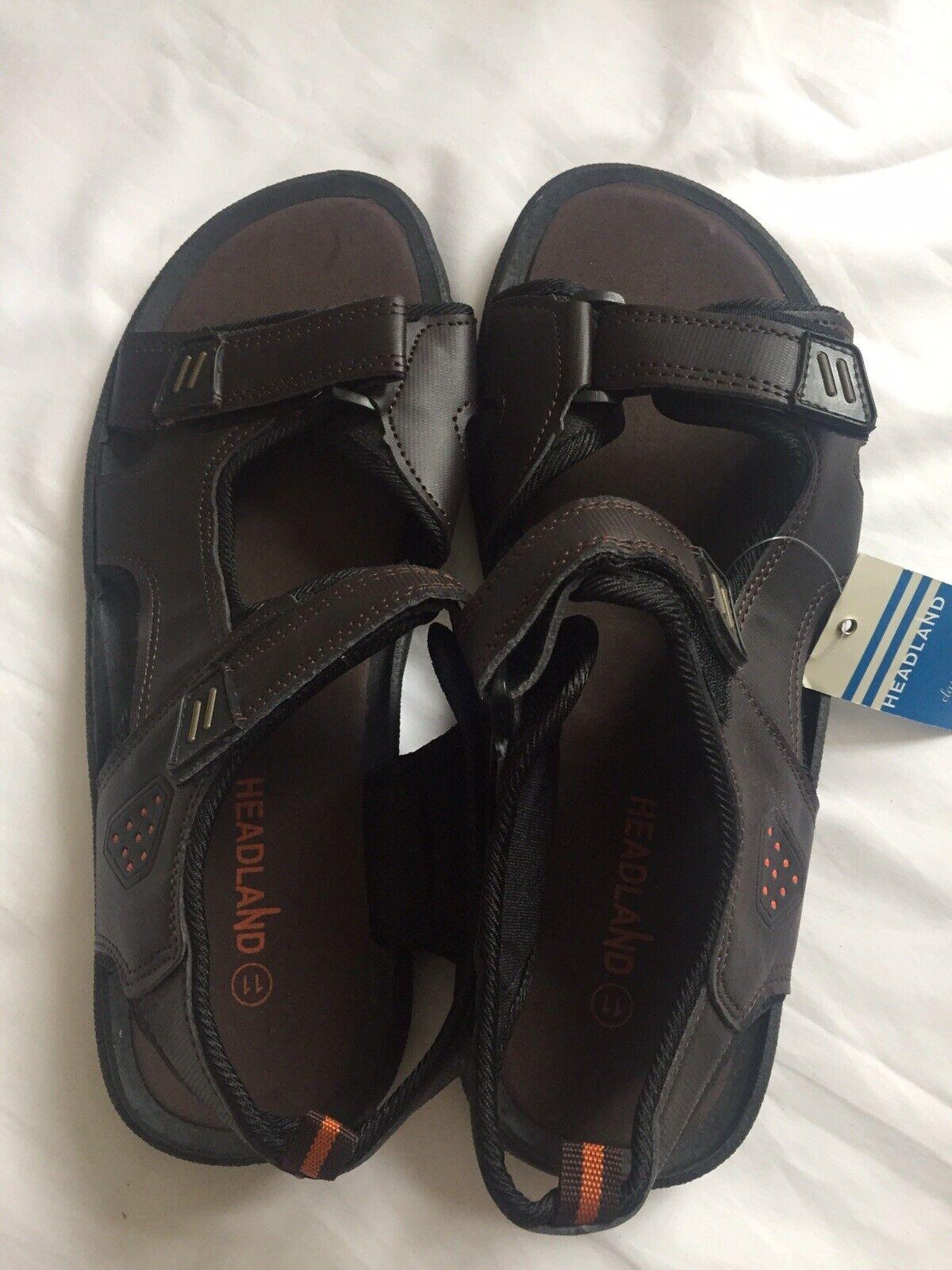 """Size 11 Mens Sandals """"Head Land"""" Walk Dark Brown Sandals New."""