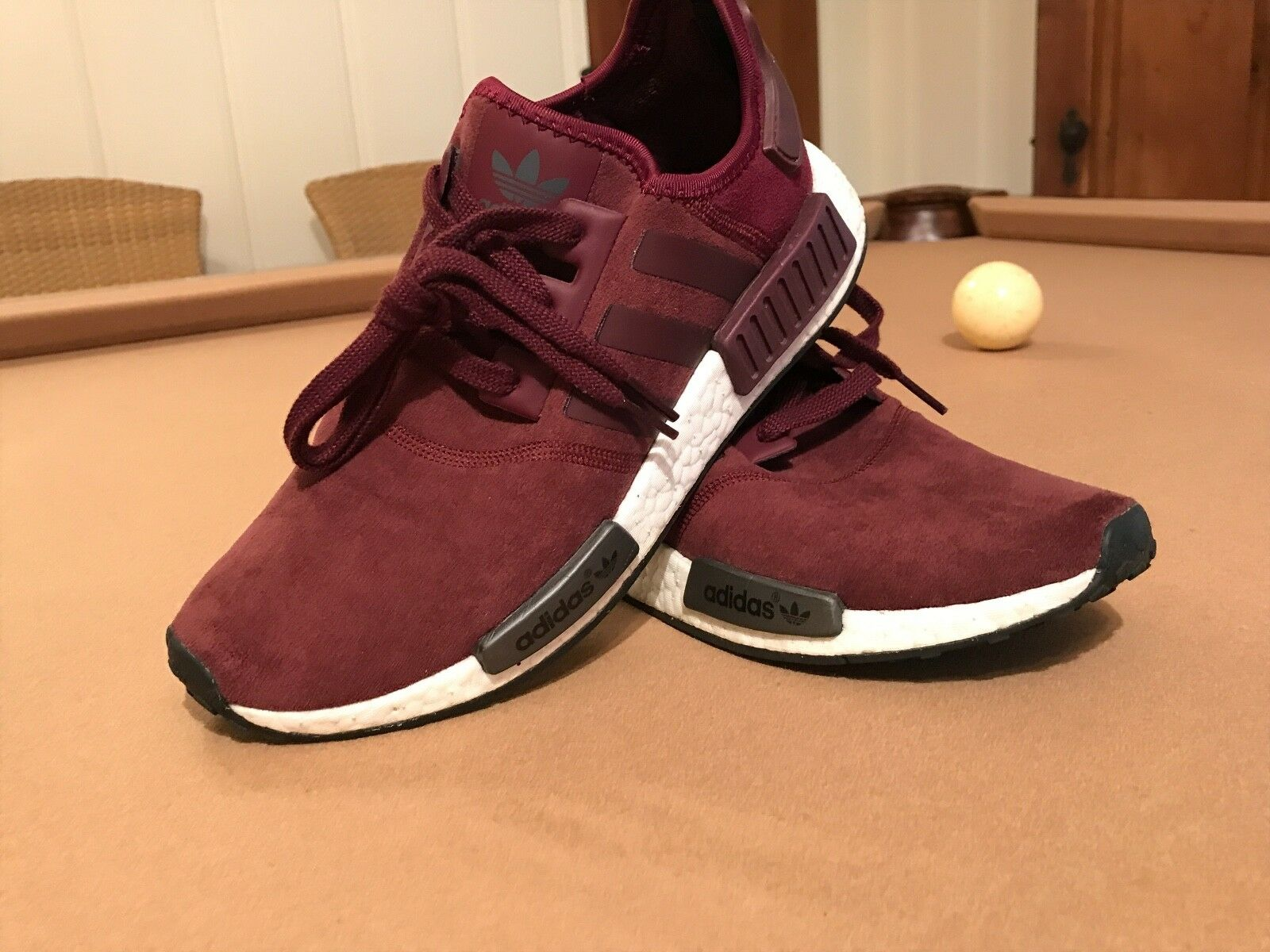 Womens Nmd R1 Burgundy Size 8.5 (Very Rare) Collectors Piece Lightly worn
