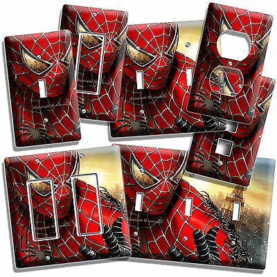 SPIDERMAN VS VENOM SUPERHERO FIGHTING OUTLET WALL PLATE BOYS ROOM MAN CAVE DECOR