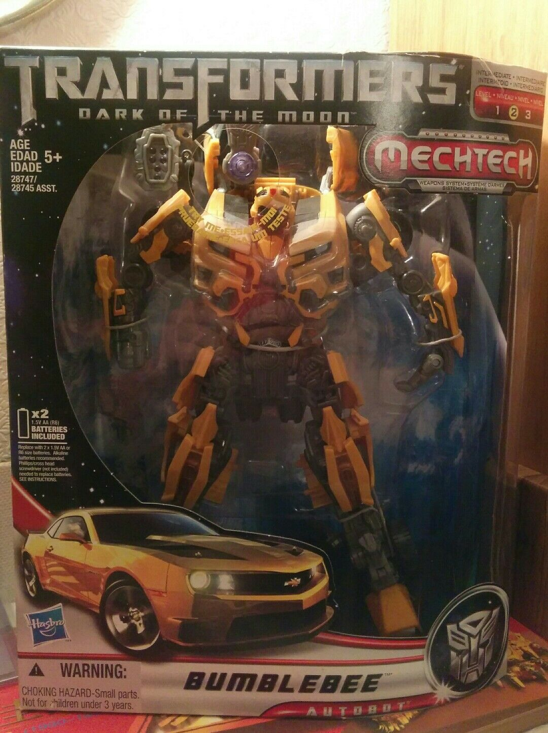 Transformers DOTM Leader Class Bumblebee