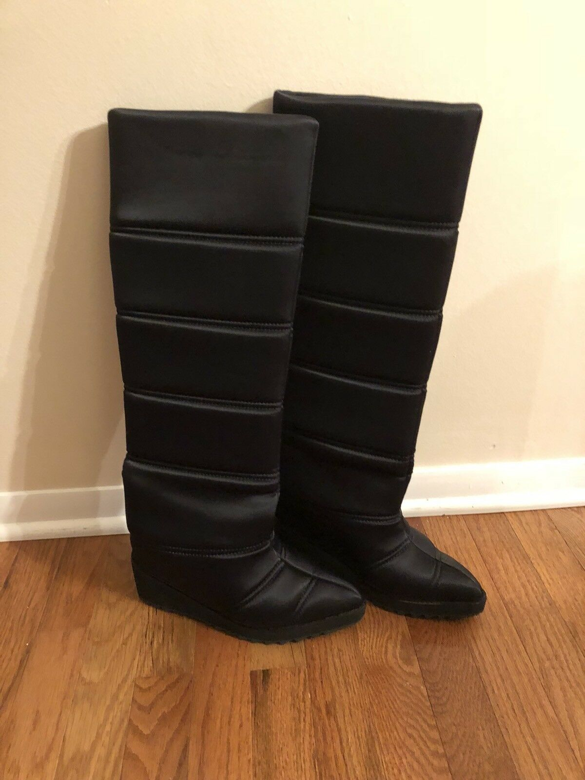 Jeffrey Campbell Squall Black Quilted Boots In Black size 8